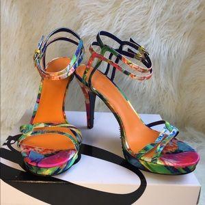 NWB Nine West blue multicolor Malinda sandals